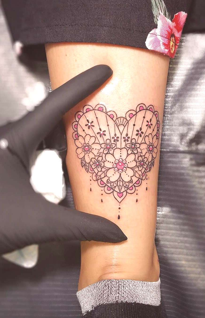 Celebrate Femininity With 50 Of The Most Beautiful Lace Tattoos You've Ever Seen